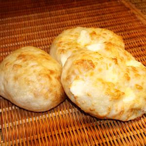 塩パン(プレーン/チーズ)